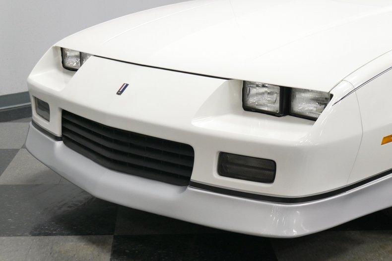 1988 Chevrolet Camaro 25