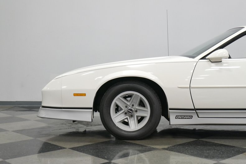 1988 Chevrolet Camaro 26