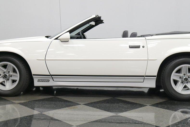 1988 Chevrolet Camaro 27