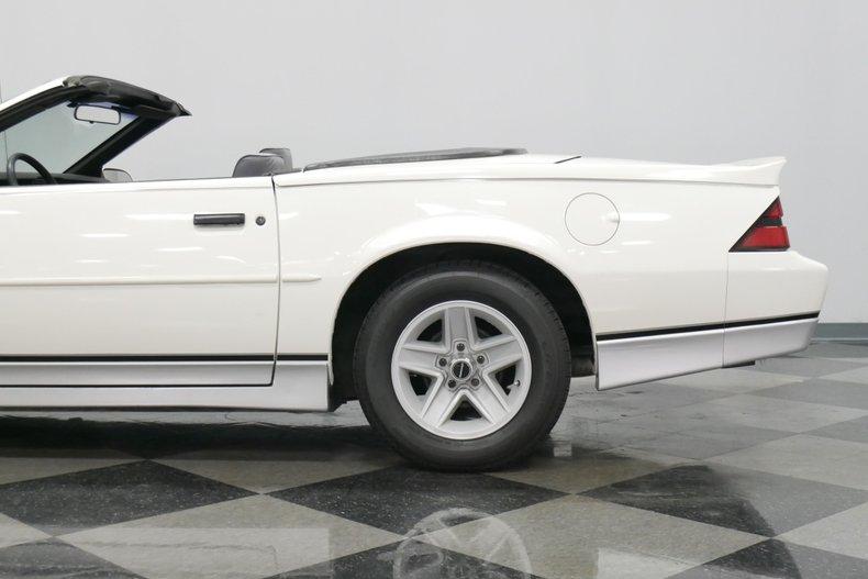 1988 Chevrolet Camaro 28