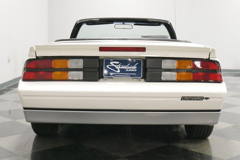 1988 Chevrolet Camaro 11