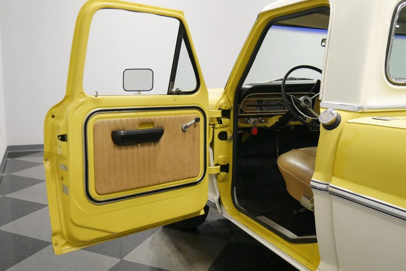 1969 Ford F-100 32