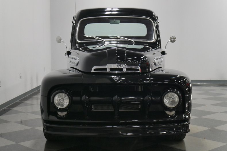 1951 Ford F-1 21