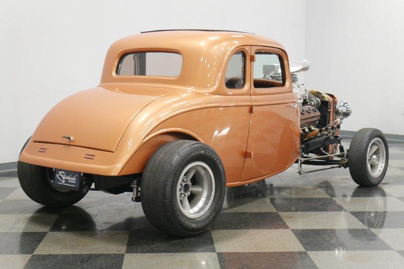 1934 Ford 5-Window 13