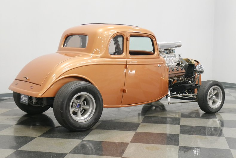 1934 Ford 5-Window 14