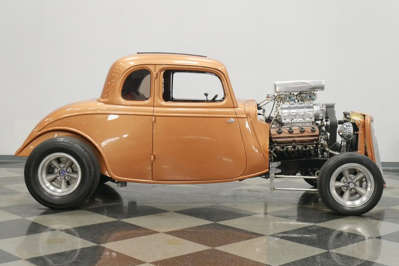1934 Ford 5-Window 15