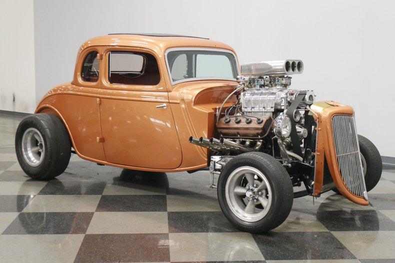 1934 Ford 5-Window 16