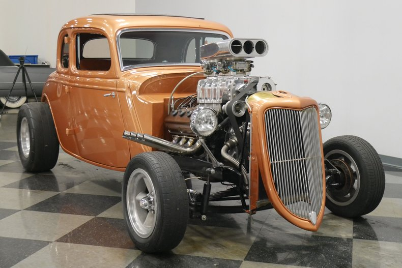 1934 Ford 5-Window 17