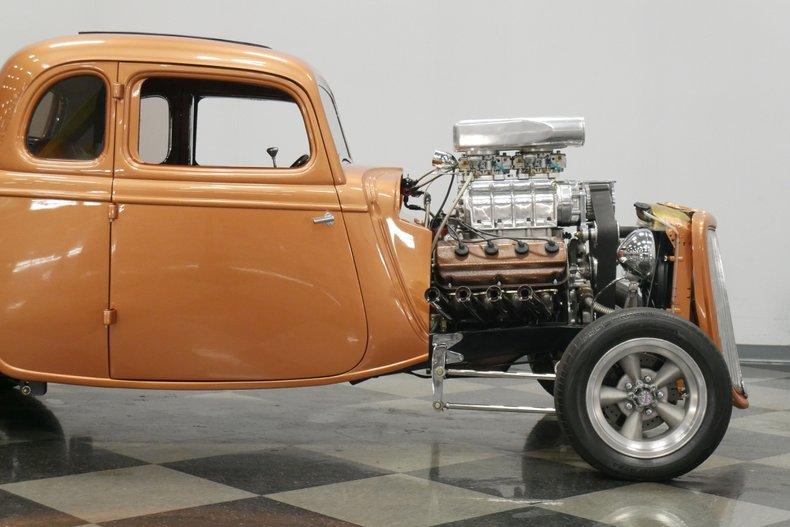 1934 Ford 5-Window 26