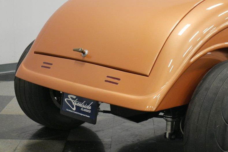 1934 Ford 5-Window 27