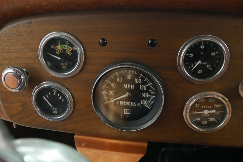 1934 Ford 5-Window 38