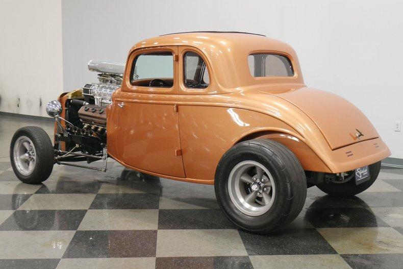 1934 Ford 5-Window 8