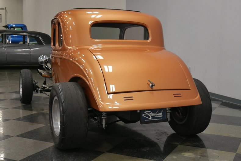 1934 Ford 5-Window 10