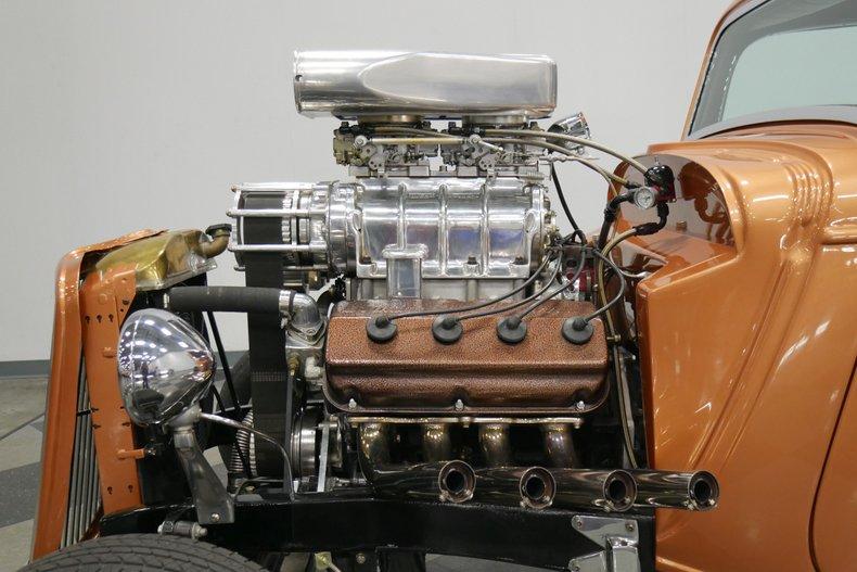 1934 Ford 5-Window 33