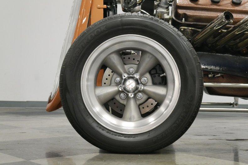 1934 Ford 5-Window 21