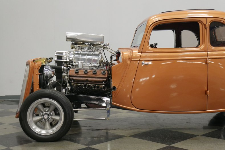 1934 Ford 5-Window 23
