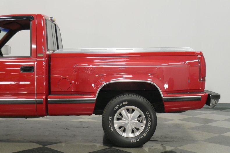 1991 Chevrolet Silverado 23