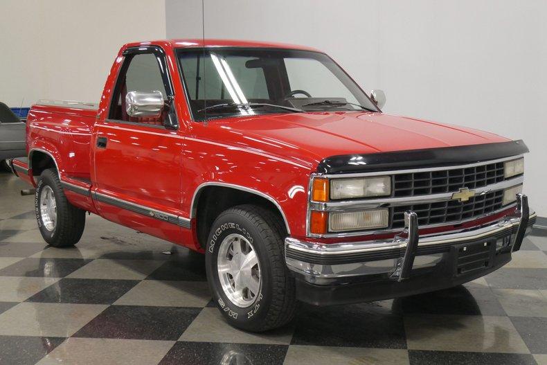 1991 Chevrolet Silverado 17