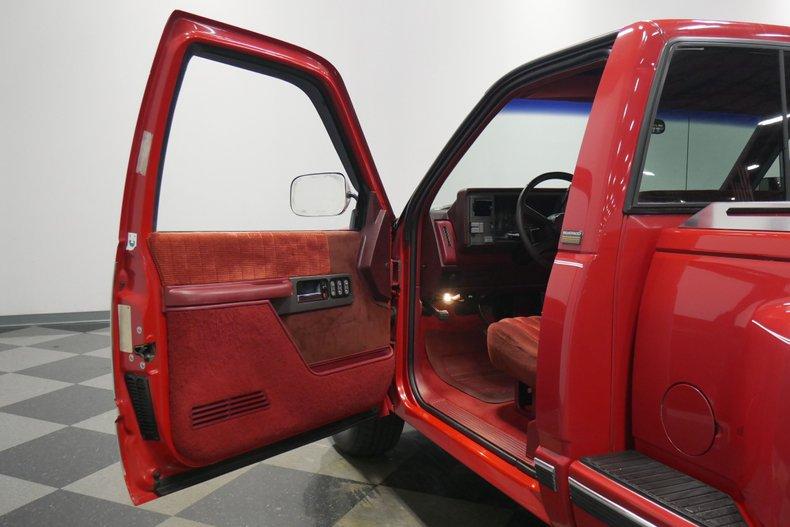 1991 Chevrolet Silverado 33