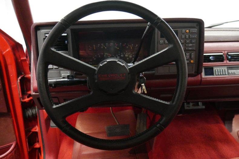 1991 Chevrolet Silverado 36
