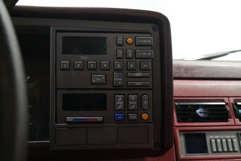 1991 Chevrolet Silverado 38