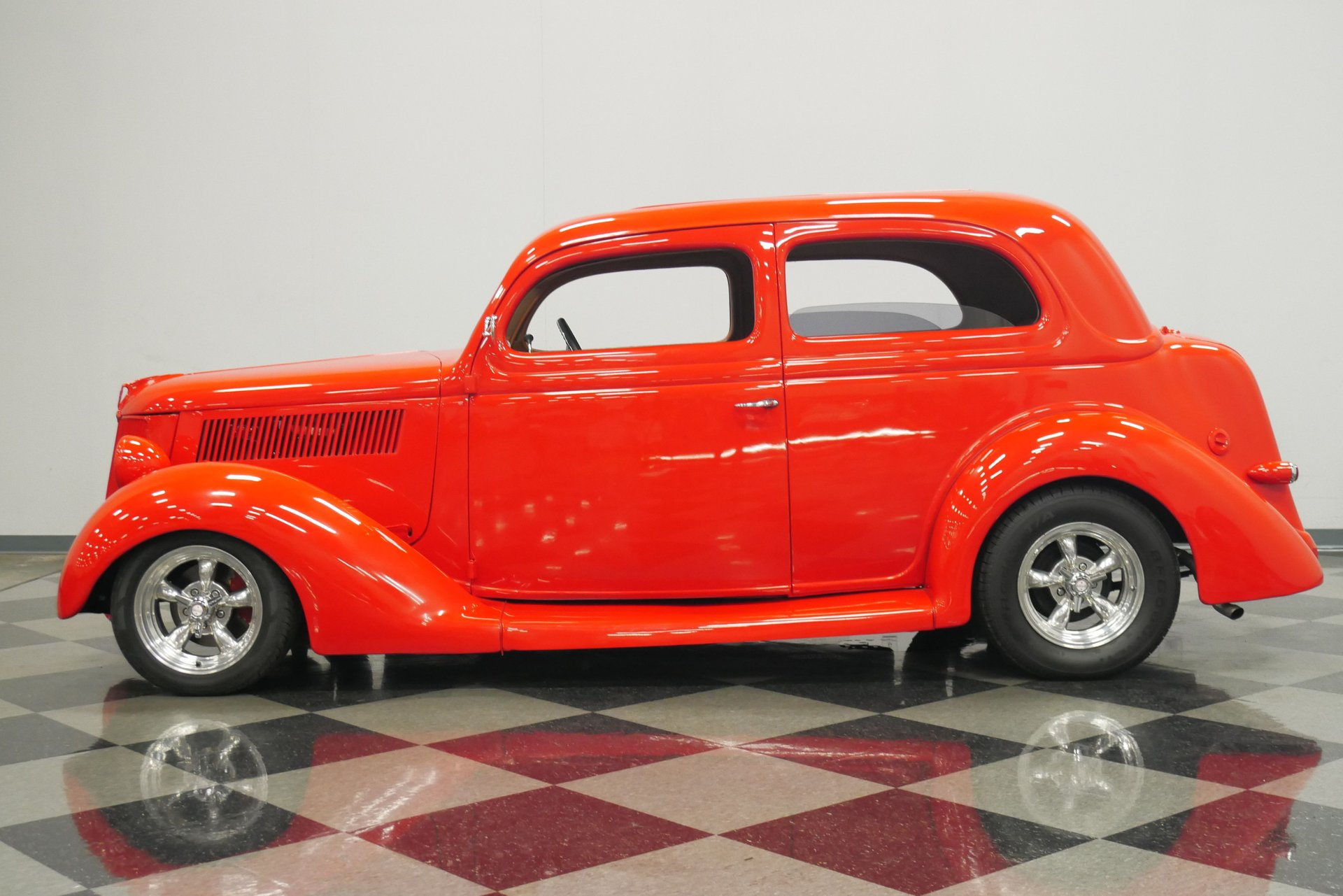 1936 ford tudor sedan humpback