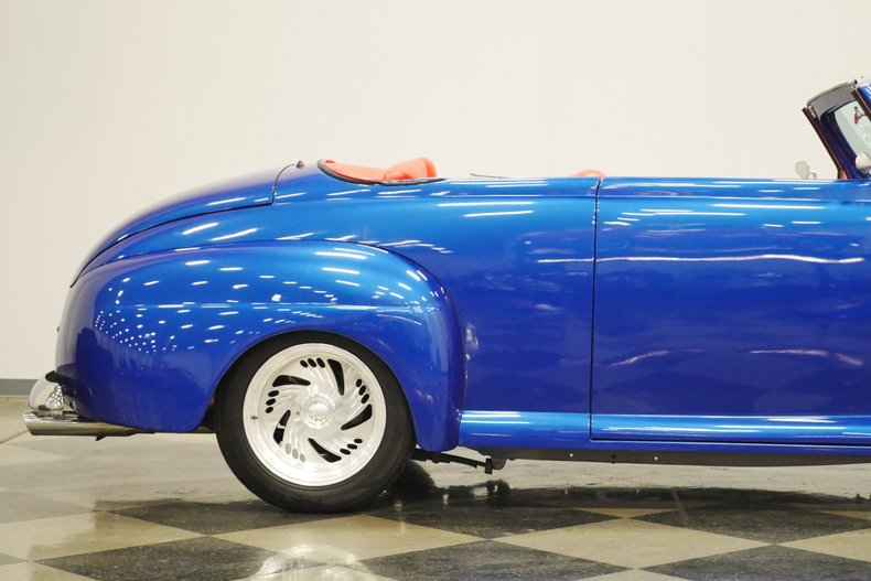 1948 Ford Roadster 30