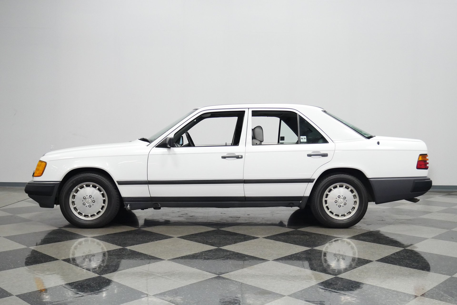 1987 mercedes benz 300d turbo diesel