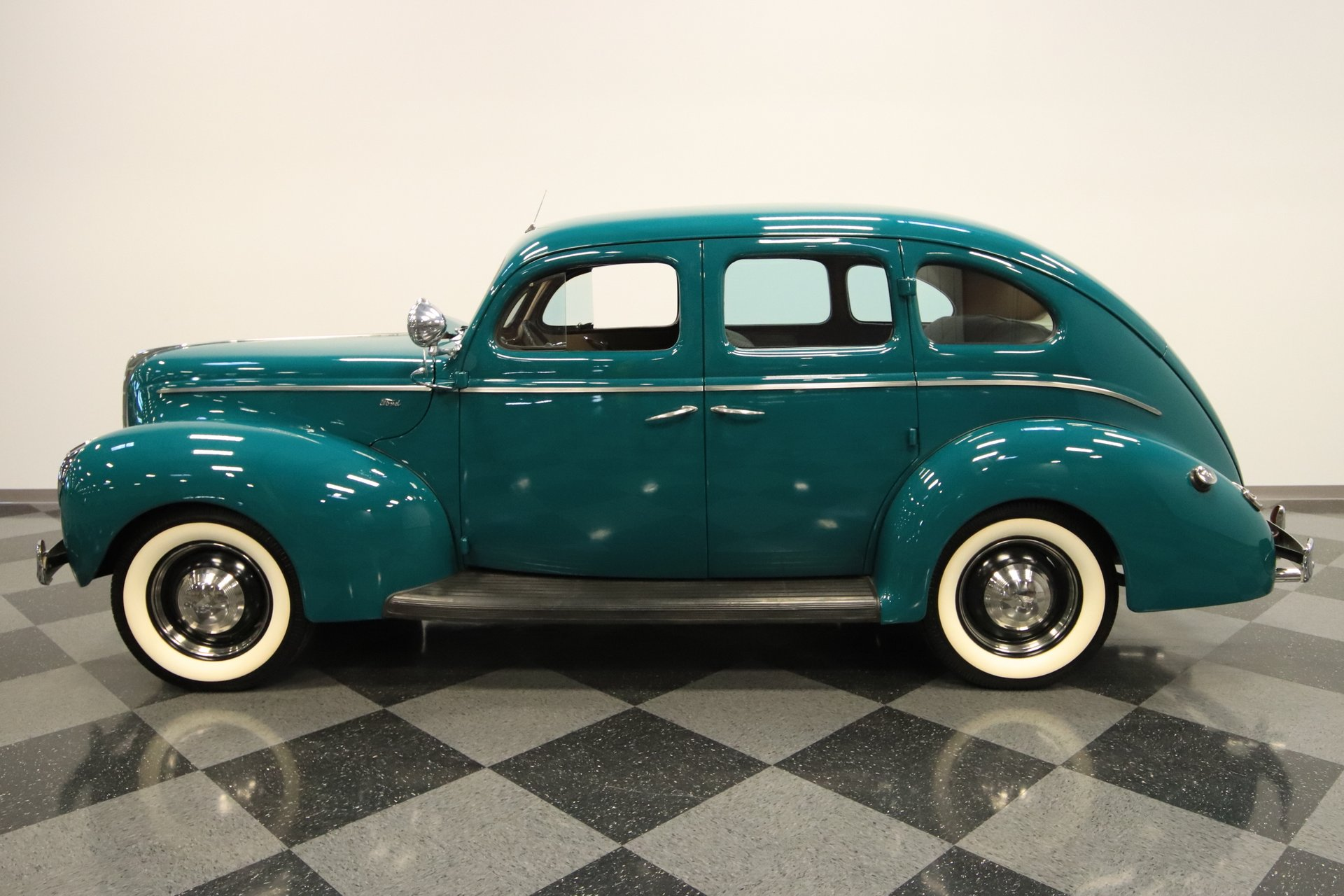 1940 ford sedan