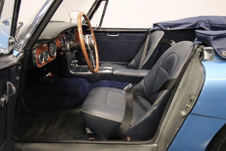 1965 Austin Healey 3000 Mark III 4