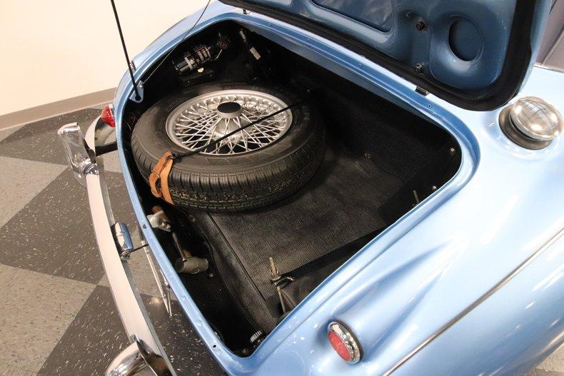 1965 Austin Healey 3000 Mark III 32