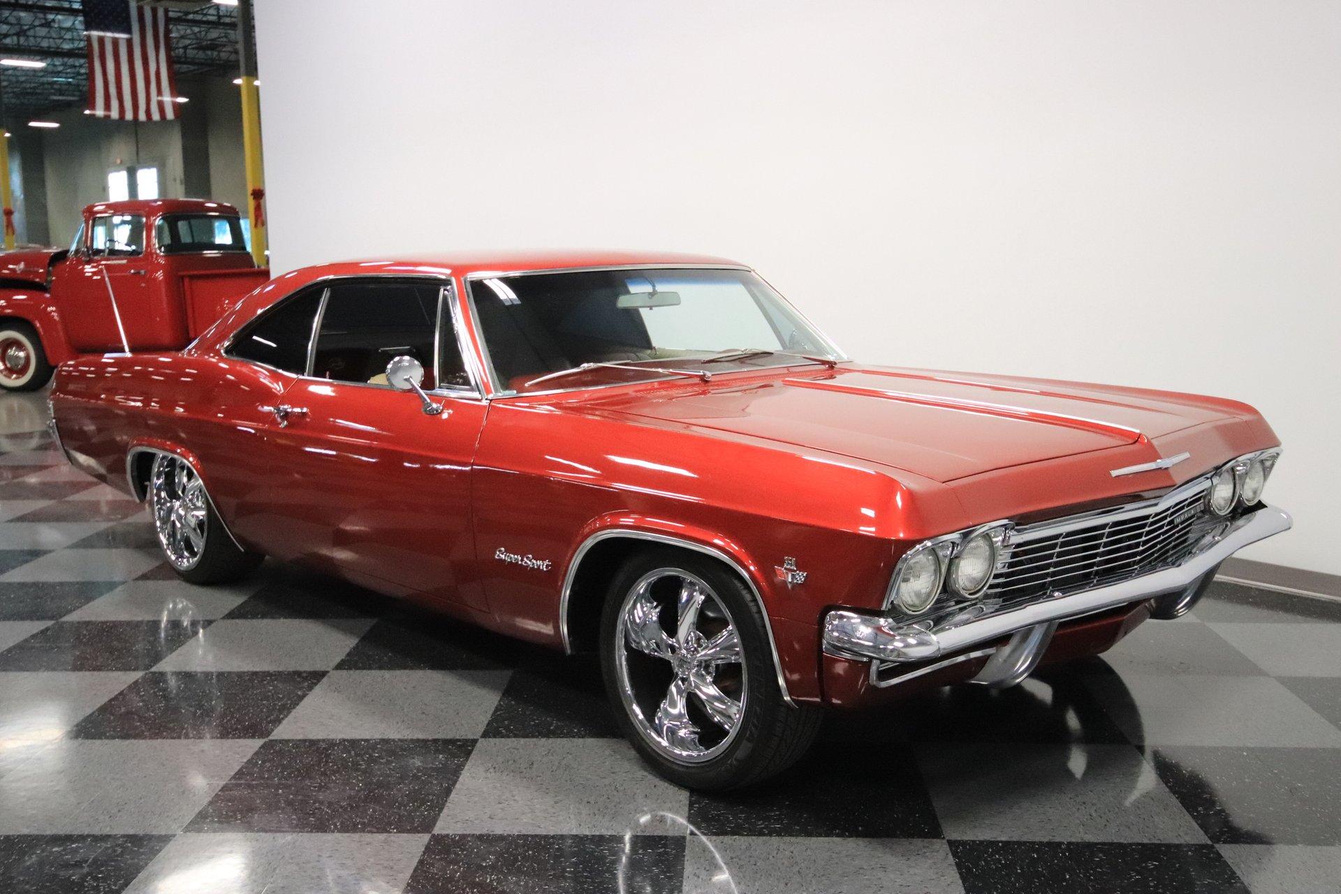 1965 Chevrolet Impala | Streetside Classics - The Nation's