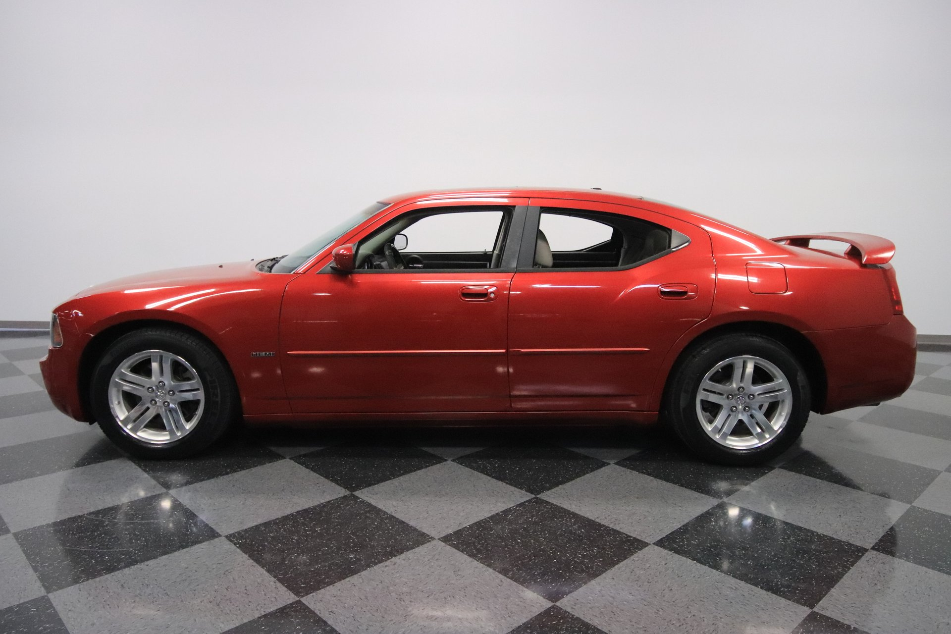 2006 dodge charger r t