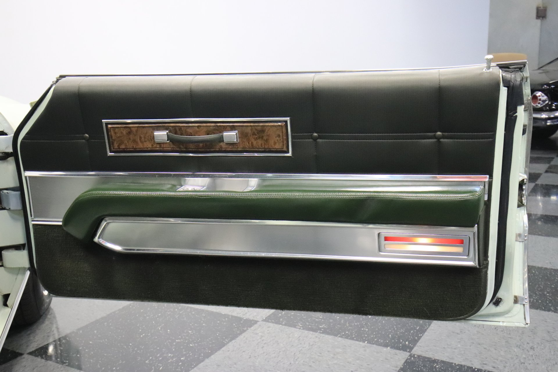 1968 Ford Thunderbird Streetside Classics The Nations Trusted Headlight Schematic Diagram Of 1967 View 360