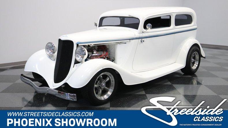 For Sale: 1933 Ford Sedan
