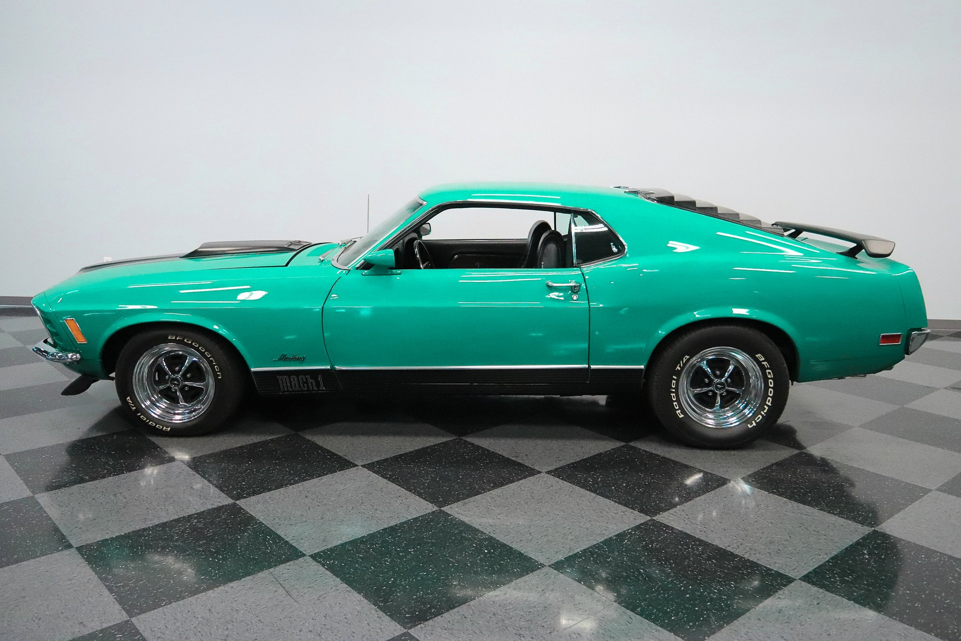 1970 ford mustang mach 1 cobra jet