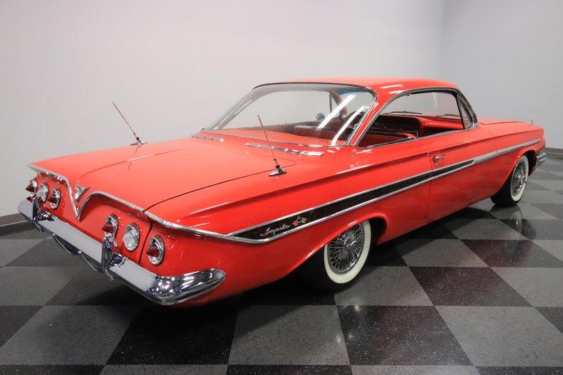 1961 Chevrolet Impala 13