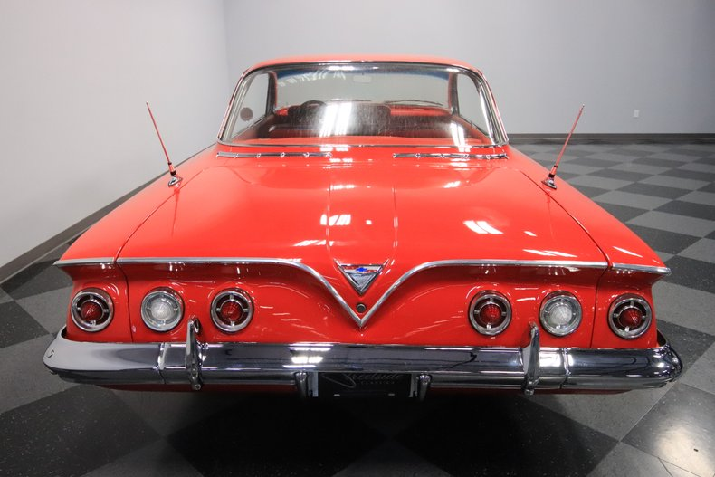 1961 Chevrolet Impala 11