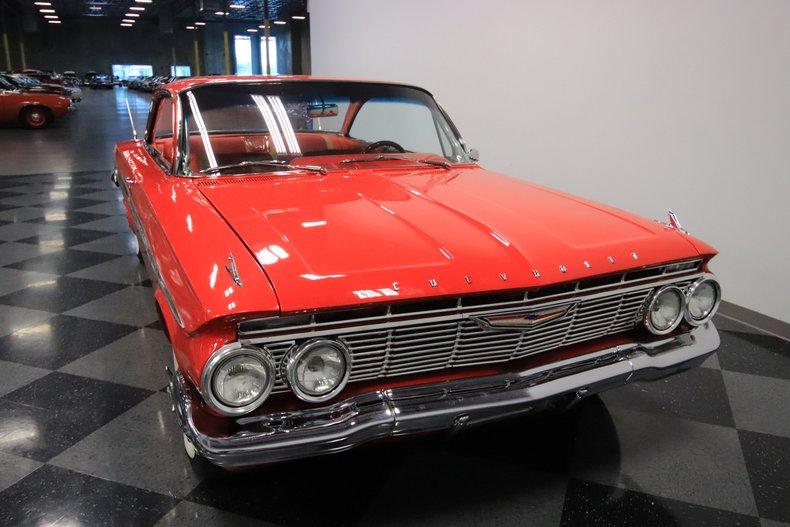 1961 Chevrolet Impala 18