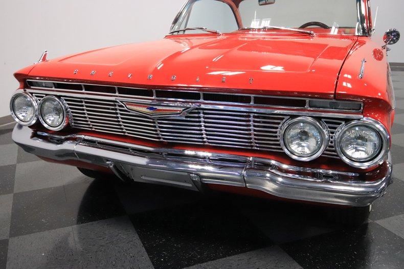 1961 Chevrolet Impala 23