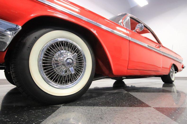 1961 Chevrolet Impala 24