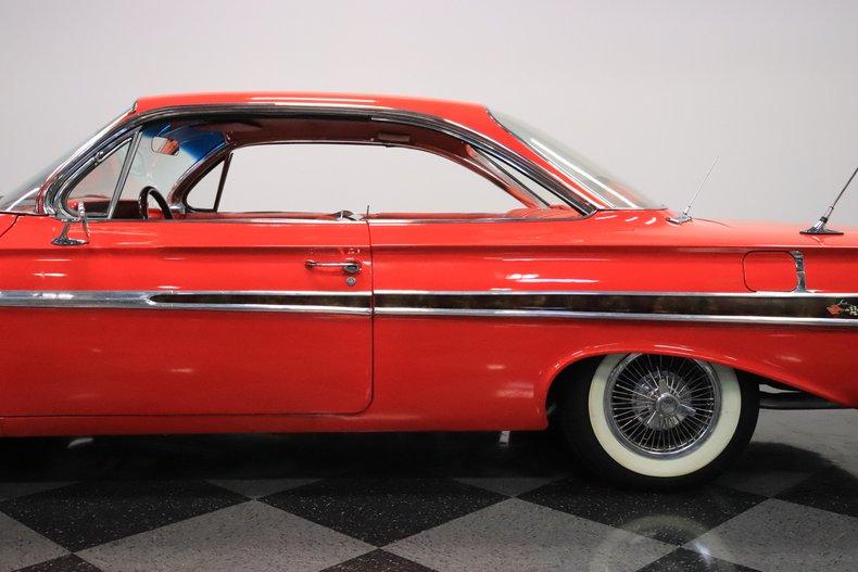 1961 Chevrolet Impala 28