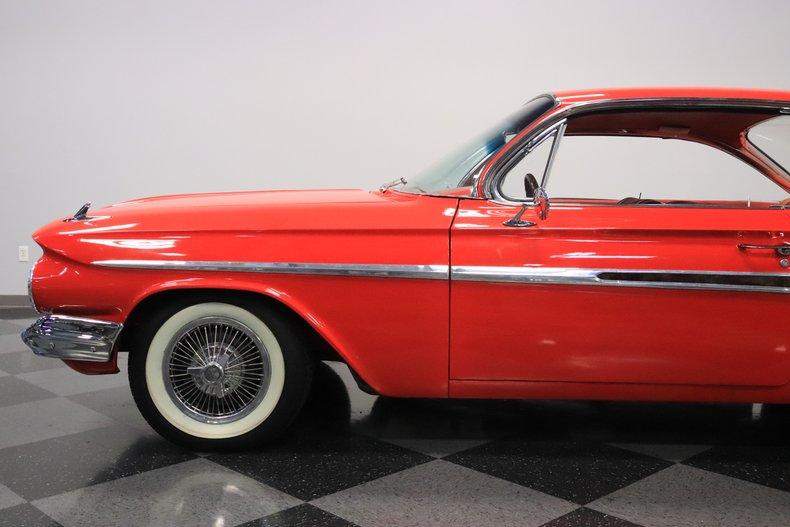 1961 Chevrolet Impala 27