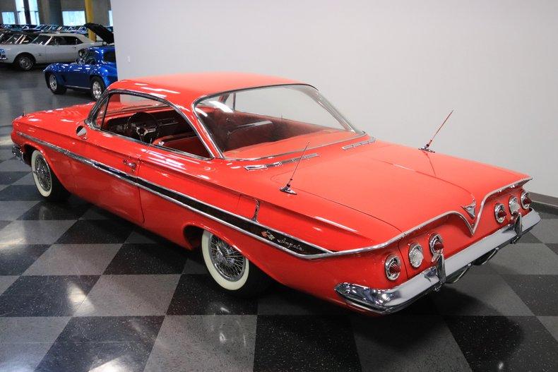 1961 Chevrolet Impala 30