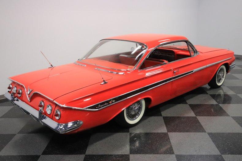 1961 Chevrolet Impala 32