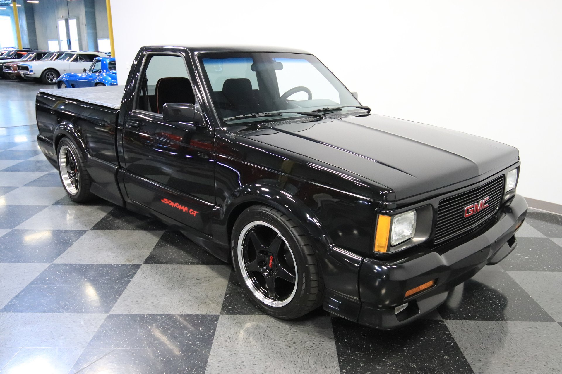 1992 GMC Sonoma | Streetside Classics - The Nation's Trusted Classic
