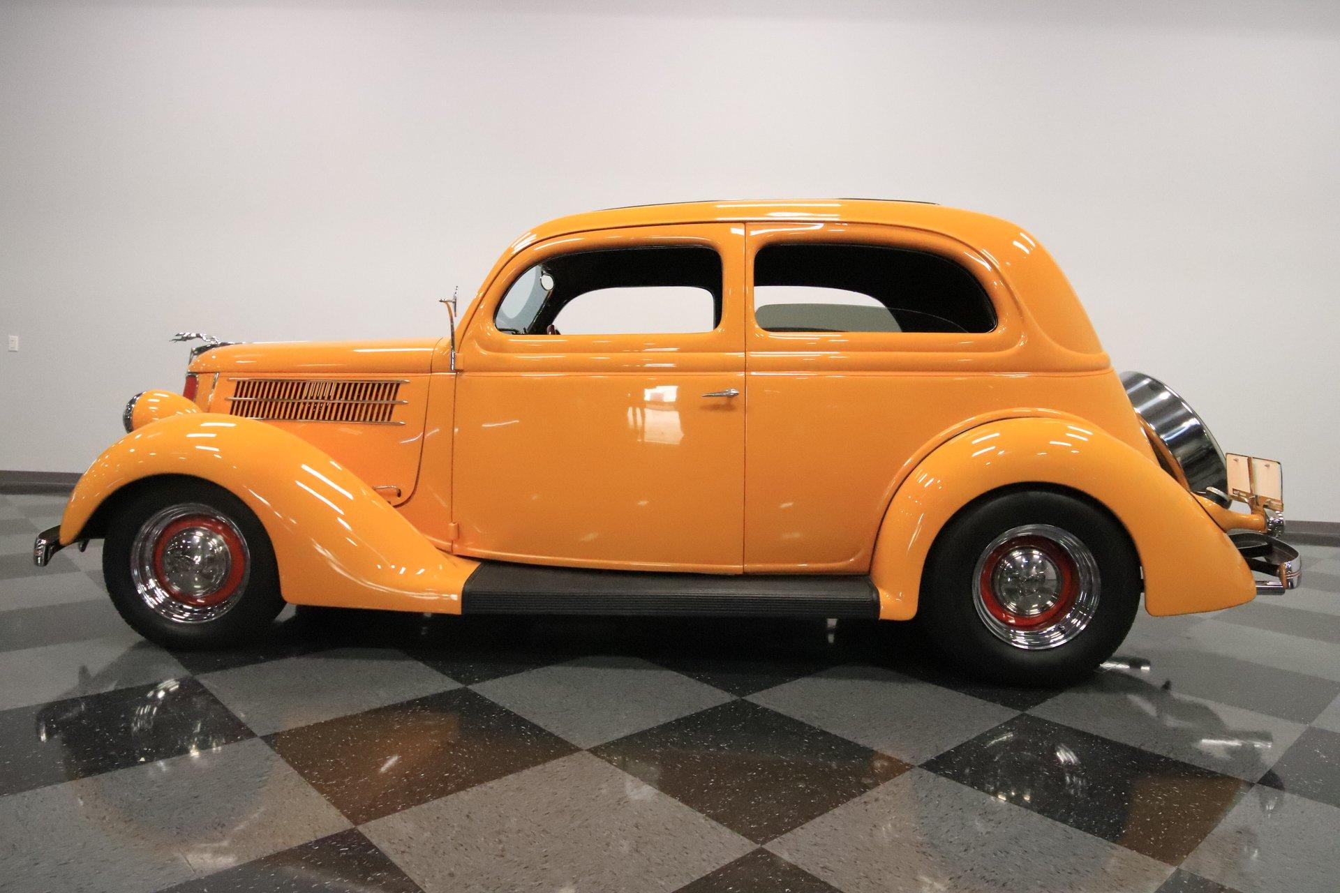 1936 ford sedan deluxe slantback tudor