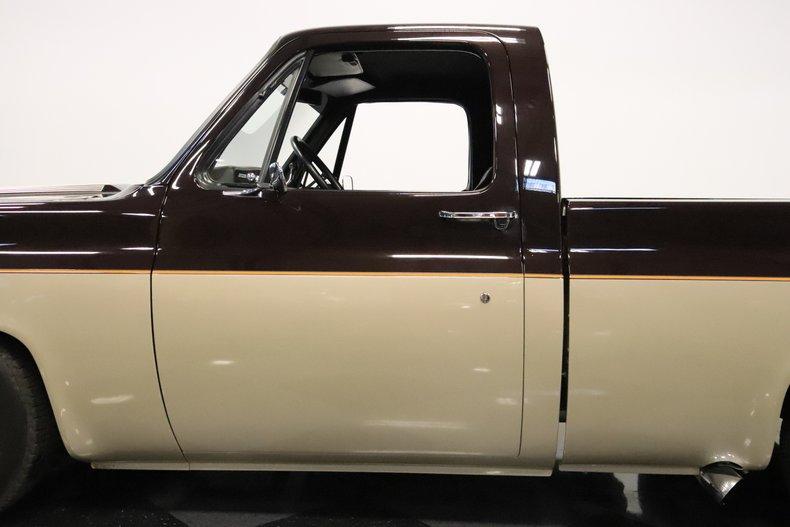 1975 GMC High Sierra 26