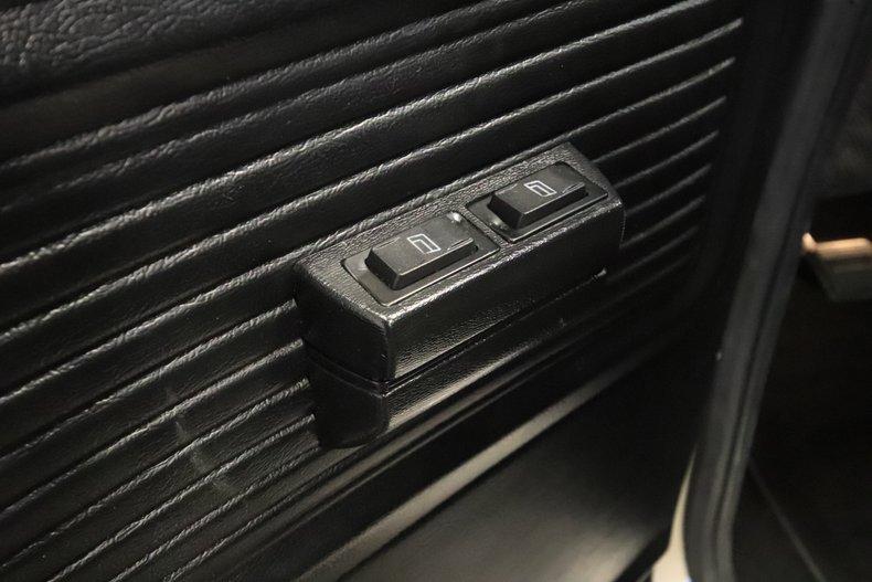 1975 GMC High Sierra 49