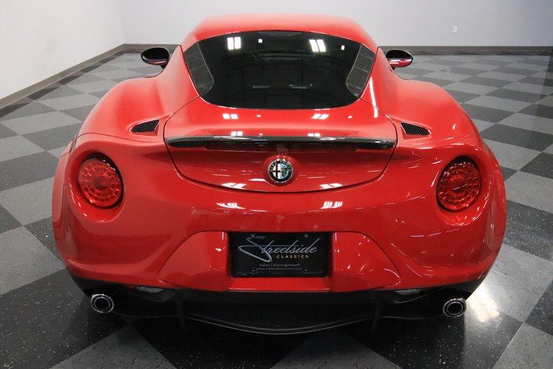 2015 Alfa Romeo 4C 11